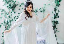 Mellisa Maternity Photo Studio by Everlasting Frame