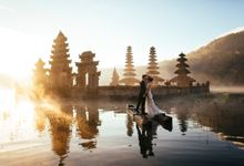 Amazing Bali Post Wedding by Gerobak Photography