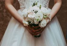 The White Bridal Bouquet by Gerbil's Garden