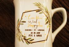 MUG NESCAFE DESAIN PEYE & WINDIE by Mug-App Wedding Souvenir