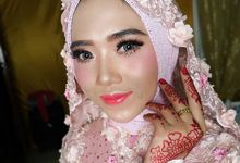 Bride Makeup by Desy Lestari Makeup