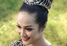 Maha Ratih Dahana Crown for Puteri Indonesia Bali by The Glint & Glaze