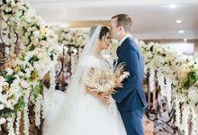 Wedding of Trent & Shinta by Lavie Portrait