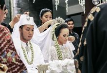 Extra Ordinary Traditional Wedding | Damar + Selly | by YSD by YSD Photography