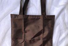 Wedding Souvenir Shopping Bag with Hard Box by KARNA GIFT