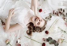 Beauty Portrait by via fleurs