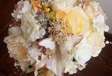 GOLD GERRALDINE by LUX floral design