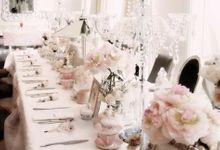 Sierra's french white carousel by Tea Rose Wedding Designer