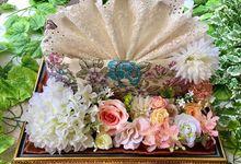Gorgeus Prayer Set by House of Raline Wedding Hampers