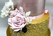 The Wedding Cake Of Egzlita & Nicholas by Moia Cake