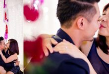 Love is in the air by click! Photography
