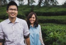 Lighthearted Casual Prewedding Sessions in Bandung by fire, wood & earth