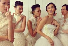Priyo Oktaviano  and Sapto Djojokartiko Bride Show by Yan's Omintara Professional Make up Artist