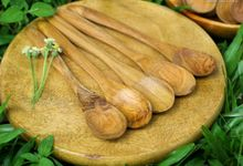 Teakwood Medium Spoon by sakacraft