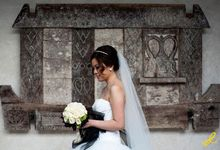 The wedding of Valerie + Asad | Uluwatu, Bali, Indonesia by Dedot Photography