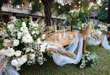 Rustic Arrangement by Million Rose Event Bali