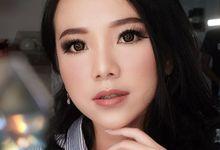 Wedding makeup by Sandra Bridal and Makeup Academy