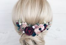 Bridal hair piece by Serenity Wedding