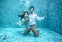 Prewedding Underwater by ritual photography