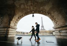 Engagement sessions by Synchronal Photography
