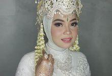 Wedding Hasna & Sukma by gigiez Makeup
