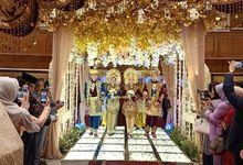 DUA PENGANTIN PERTAMINA SIMPRUG by Mahadaya Wedding and Event Organizer
