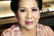 Makeup Mom by paulamakeupartist