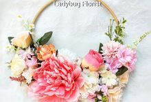 Hand Bouquet Bridemaids by ladybug florist