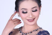 Wedding modern by Bemby Makeup Artist & Wedding Attire