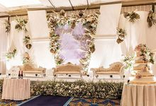 Golden Boutique Hotel by Pisilia Wedding Decoration