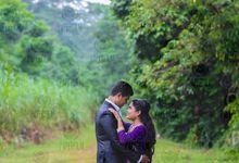 Deen & Reena Pre- Wedding shoot by PaperFilm Studios
