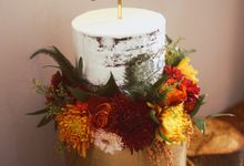 Gilded Rustic Cake by KAIA Cakes & Co.