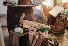Barn Themed Wedding - Oliver and Sally by Mot Rasay Photography