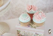 Wedding Cupcakes by Creme de la Creme Bali