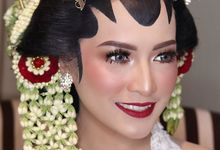 Solo Putri - Kebaya Rinjani by Djenar by Djenar Wedding