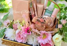 Little Things She Needs by House of Raline Wedding Hampers