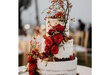 Wedding cake  by sugar legacy