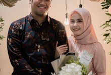 The Engagement of Roro & Taufan by La Societa