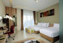Mahogany Hotel Room Type by Oracle Wedding Venue