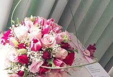 Centerpieces by La Bloom Florist