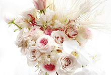 bride bouquet by via fleurs