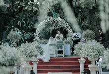 Ceremony Styling by Natural Art Flowers and Decors