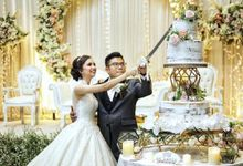 The Wedding of Kesya & Davin at K-Link Tower Ballroom by La Oficio Entertainment