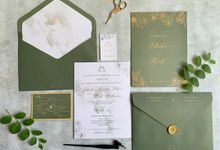 Green Floral by Trouvaille Invitation
