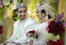 Arabian Bride And American Groom Use Traditional by Aisya Argubi