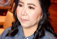 Party Make Up - Mom by DEV MAKE UP ARTIST