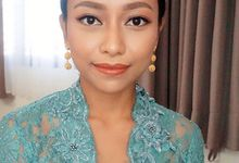 Soft natural makeup and hairdo  by deristyana.makeup