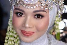 Wedding traditional ( sunda siger )  by Devina Kristianti makeup artistry
