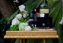 Greeny White Elegant by House of Raline Wedding Hampers