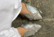 SILVER WEDDING SHOES by UNIFICATIO